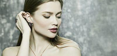 Для женщин – с любовью: ювелирные подарки от sokolov