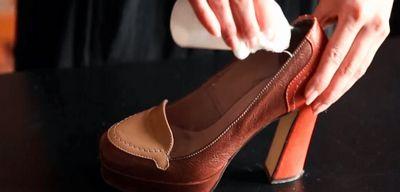 Как растянуть обувь: 6 простых и действенных способов