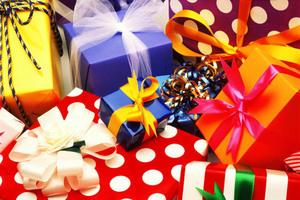 Как выбрать лучший новогодний подарок?