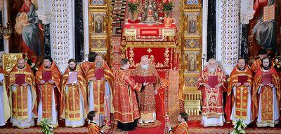 Пасха – как проходит служба в церкви, порядок поведения во время богослужения