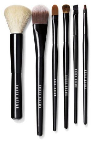Почему так необходимы правильные кисти для макияжа
