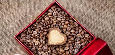 Подарок для кофемана: как выбрать лучший кофе