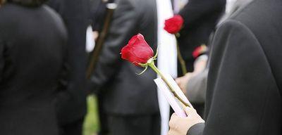 Приметы на похоронах: чего ни в коем случае нельзя делать