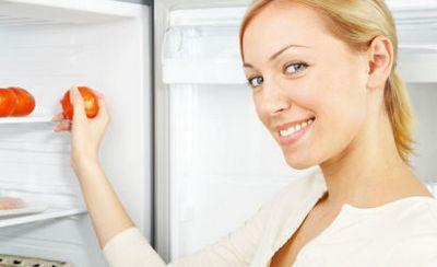 Убираем запах в холодильнике эффективными средствами